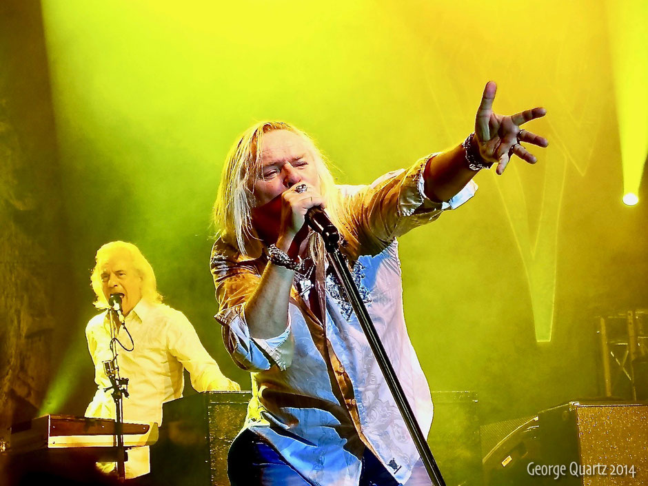 Bernie Shaw of Uriah Heep 2014 on stage in Berlin