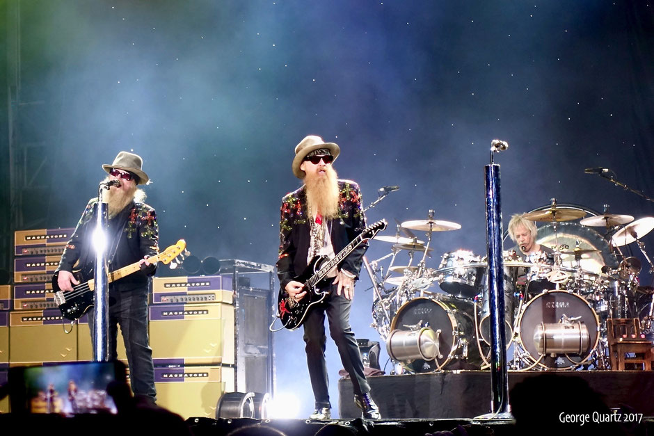 ZZ Top 2017 live on stage in Berlin
