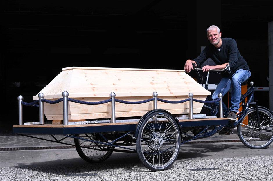 Regionale Bestattungsunternehmen können das Bestattungsfahrrad von Olsen nutzen.  (Foto: Michael Olsen)