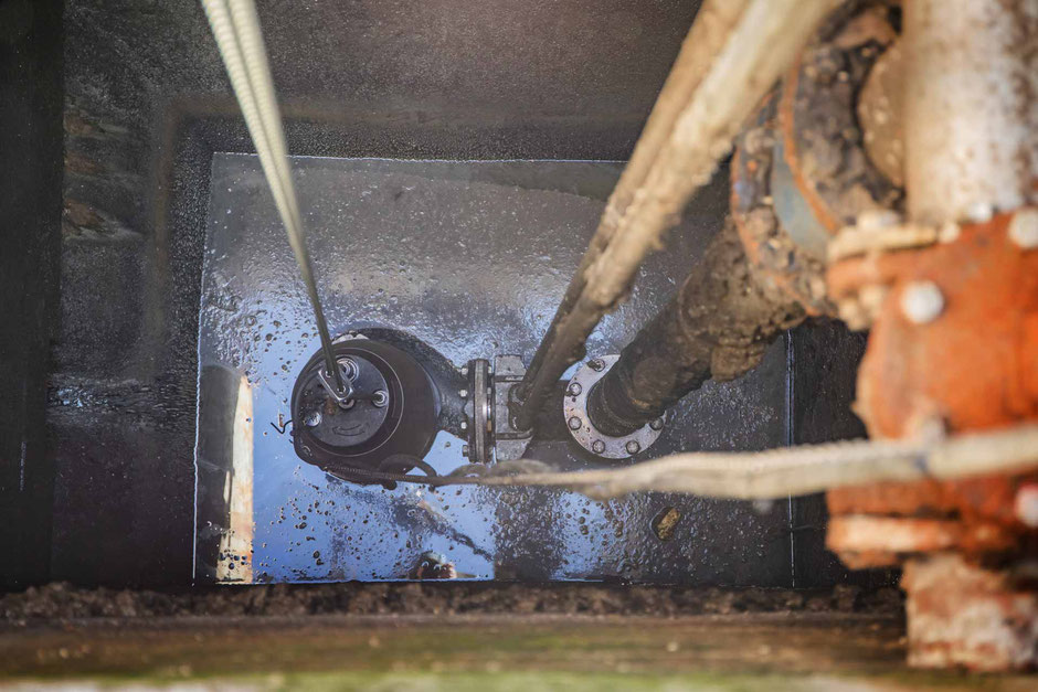 Pumpe im Mischschlammschacht