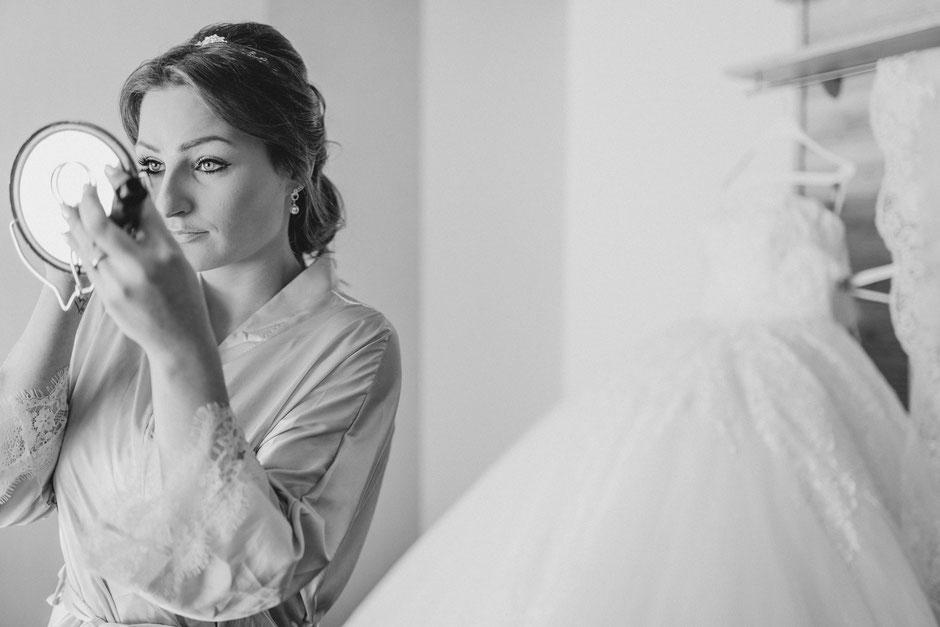 Getting-Ready bei Braut Hochzeitsfotograf Bad Kreuznach