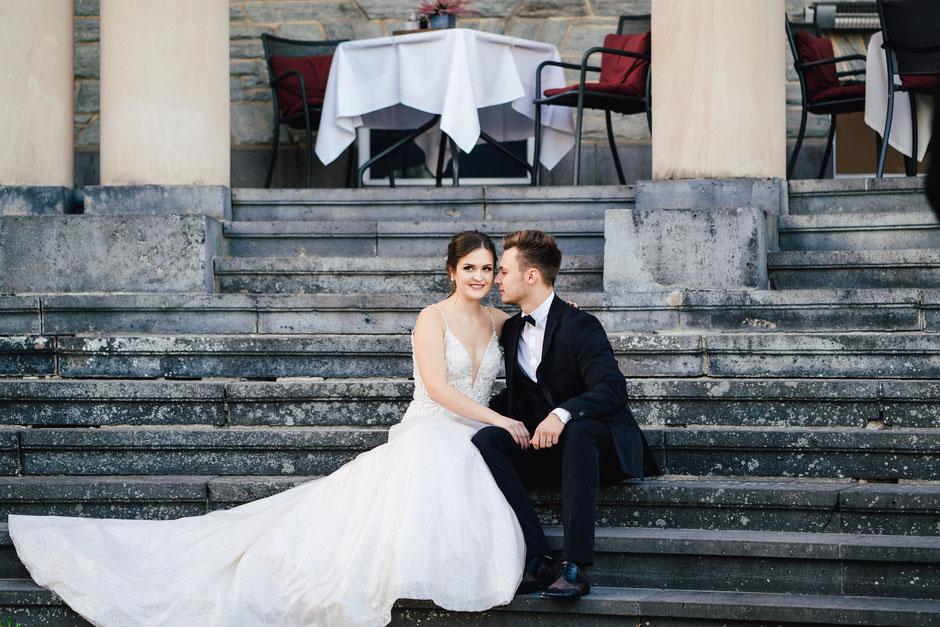 Brautpaar in Wiesbaden Hochzeitsfotograf Bad Kreuznach