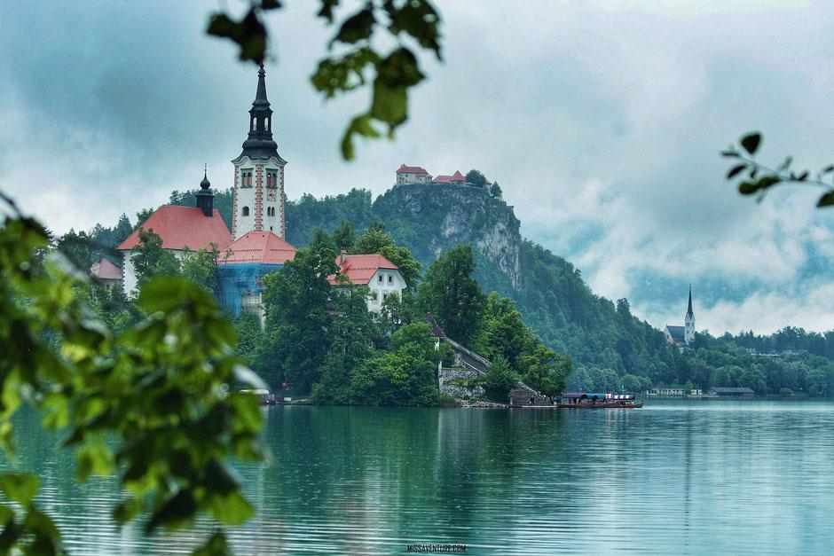 Lac de Bled SLOVENIE. Road trip Slovenie. www.missaventure.com.  blog voyage d'aventure nature et photos