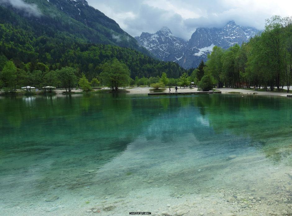 Lac de Jasna ROAD TRIP EN SLOVENIE. www.missaventure.com blog voyage d'aventures nature et photos
