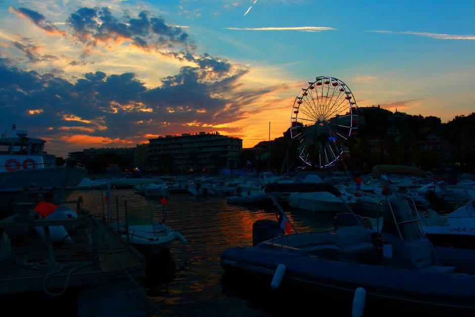 coucher de soleil, embarcadere Lavandou, Hyeres (FRANCE) missaventure blog