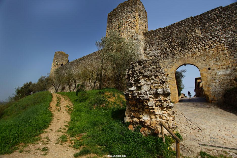 Monteriggioni, village de Toscane, ITALIE, www.missaventure.com blog voyage d'aventures nature et photos.