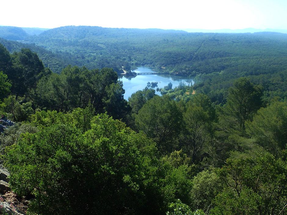 Lac de Carces, escalade falaises de Brauch, Provence verte  (FRANCE). www.missaventure.com blog d'aventures, nature et reflexions green.