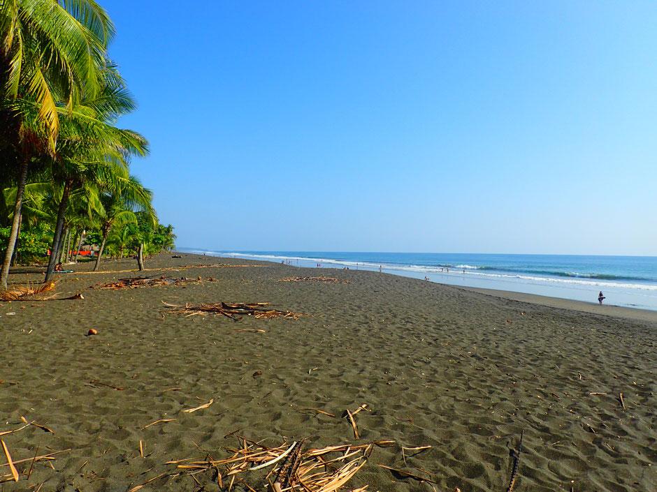 Playa Hermosa, En direction de Manuel Antonio,. Road trip au Costa Rica. www.missaventure.com blog voyage d'aventures, nature et photos