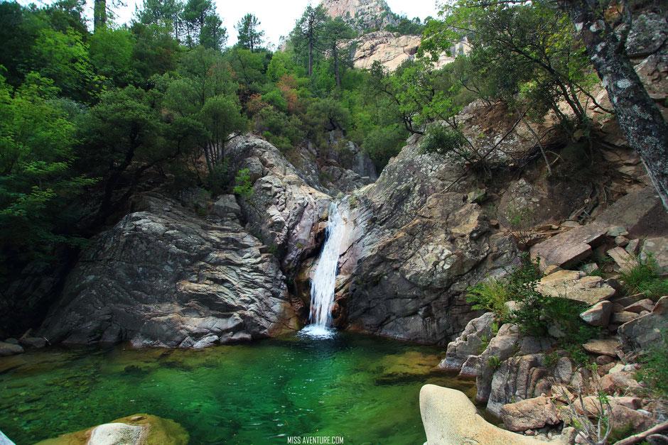 PURCARACCIA piscines naturelles, CORSE. www.missaventure.com blog voyage d'aventures nature et photos. Road trip corse du nord au sud