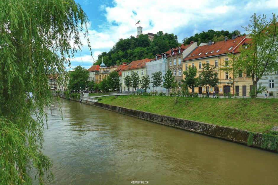 Au bord de la Ljubljanica, Ljubljana, SLOVÉNIE. www.missaventure.com blog voyage d'aventures, nature et photos. Road trip en Slovénie