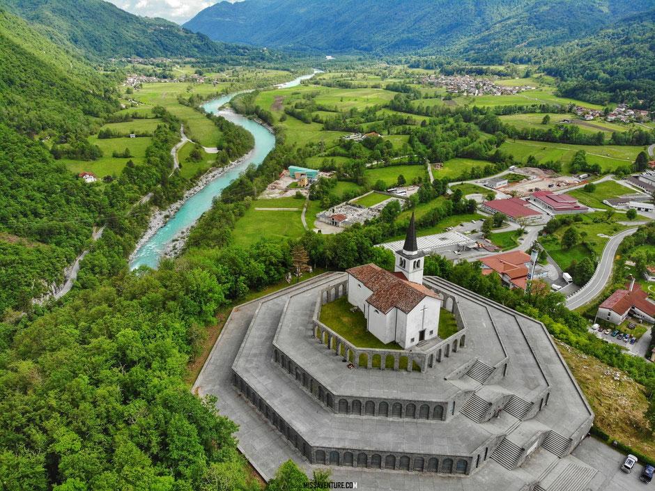 ROAD TRIP EN SLOVENIE. Le memorial de Kobarid. www.missaventure.com blog voyage d'aventures nature et photos.