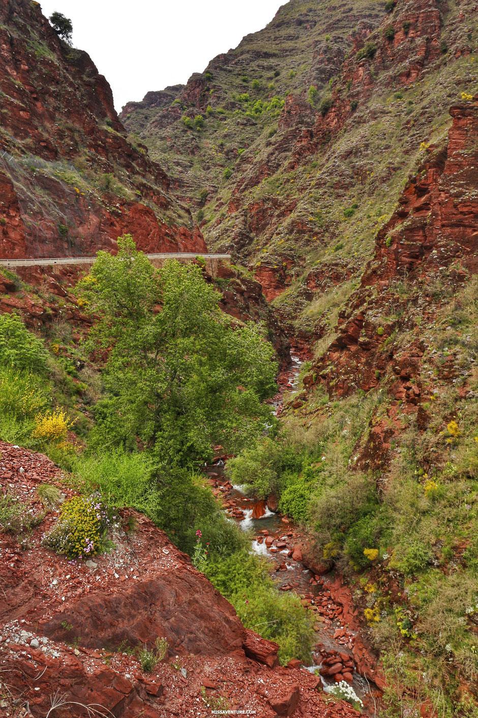 Road trip et bivouac dans le colorado niçois, LES GORGES DU CIANS  (FRANCE). www.missaventure.com blog d'aventures, nature et reflexions green.