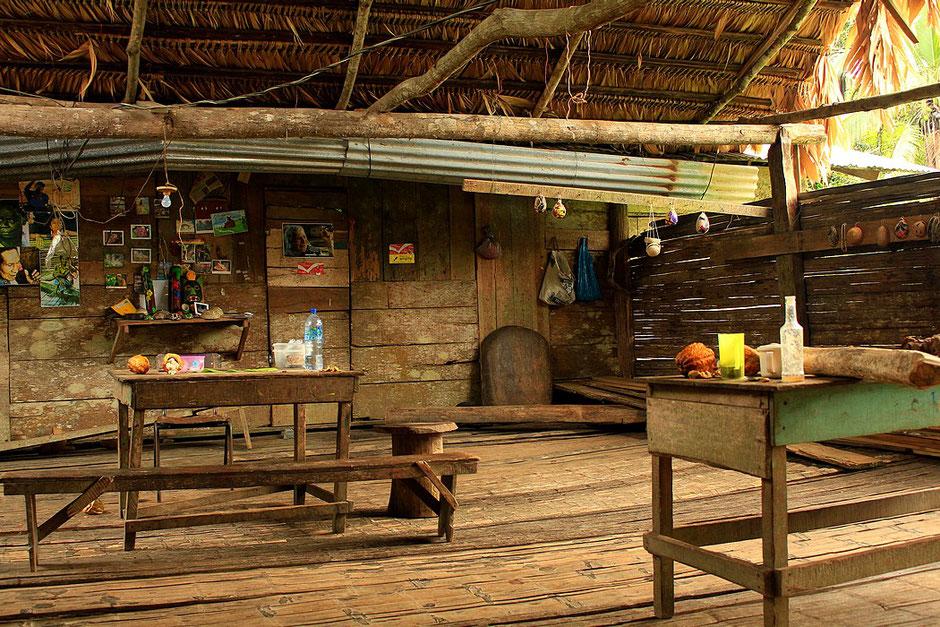 salle principale, chez les bribris,COSTA RICA. missaventure blog