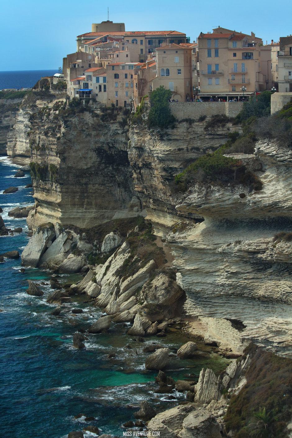 Bonifacio, CORSE. www.missaventure.com blog voyage d'aventures nature et photos. Road trip corse du nord au sud