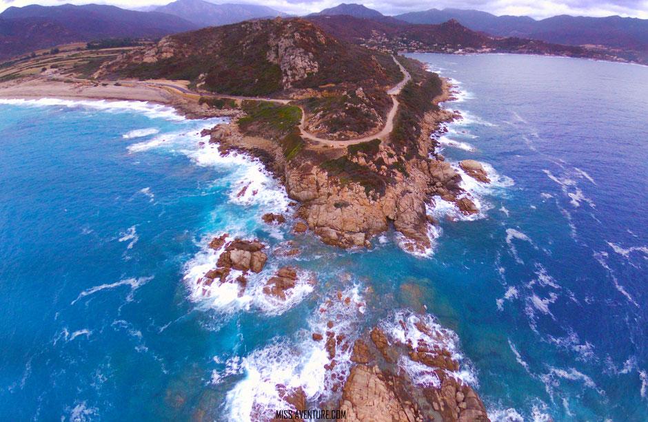 plage de liamone, CORSE. www.missaventure.com. blog voyage aventures nature et photos. Road Trip Corse du Nord au Sud.