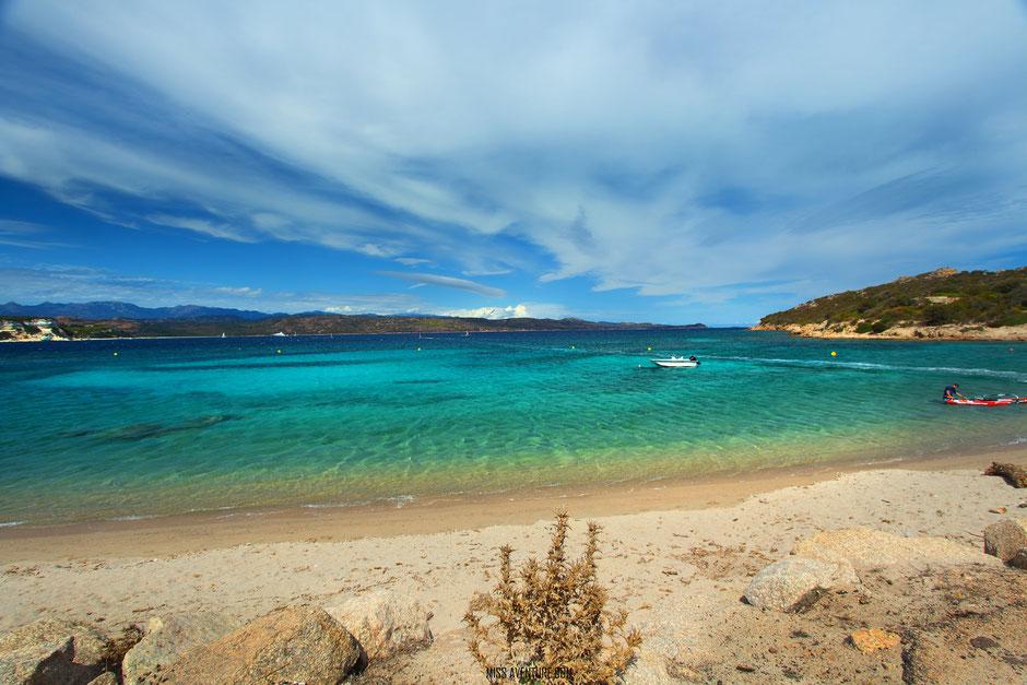 TOP 10 plus belles plages corses. SANTA MANZA. www.missaventure.com. blog voyage d'aventures nature et photos. Road Trip Corse du Nord au Sud.