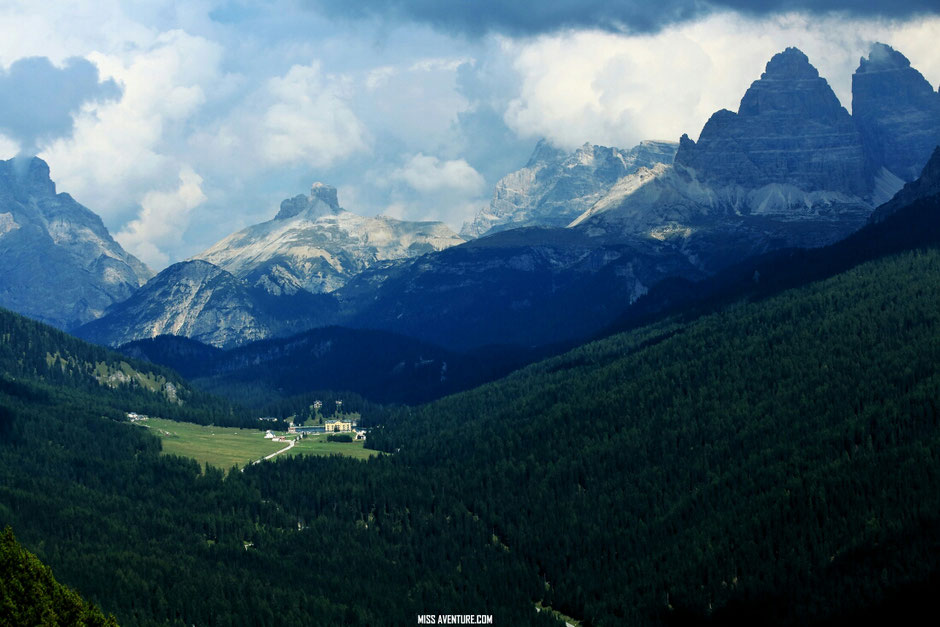 Le lac de Sorapis, Road trip Dolomites (ITALIE) www.missaventure.com blog voyage d'aventures, nature et photos