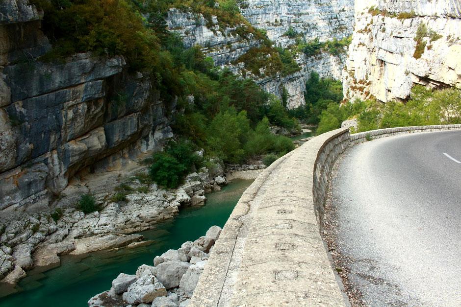 Sur la route de Castellane,  Week end nature et sport dans le VERDON (FRANCE) www.missaventure.com blog d'aventures nature et photos