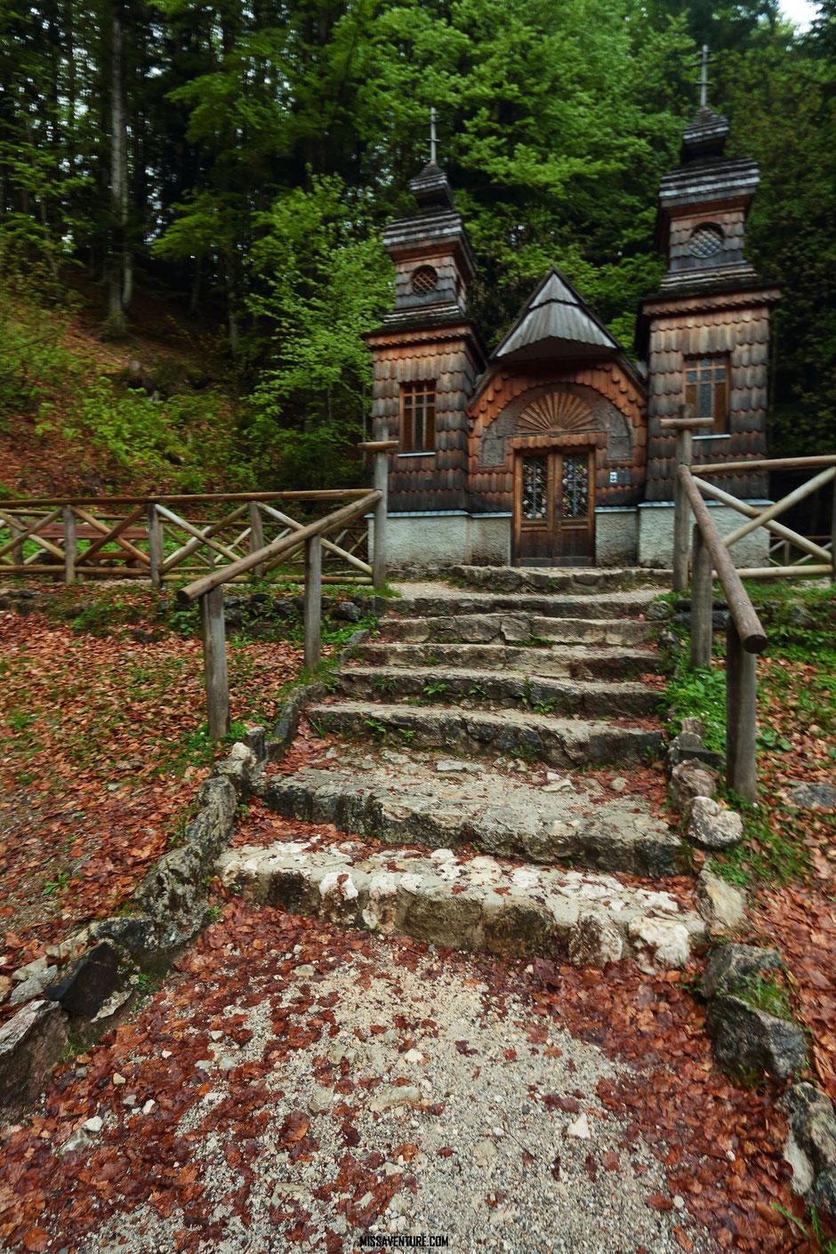 Chapelle Russe du col du Vrsic pass, ROAD TRIP EN SLOVENIE. www.missaventure.com blog voyage d'aventures nature et photos