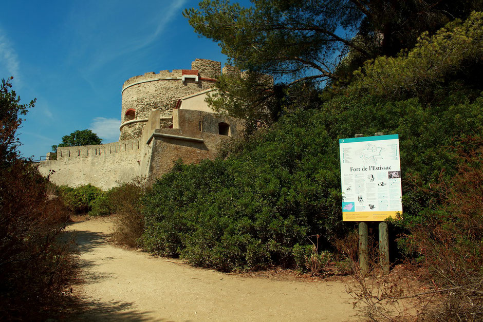 Fort de l'Estissac, Pot Cros, Hyeres (FRANCE) missaventure blog