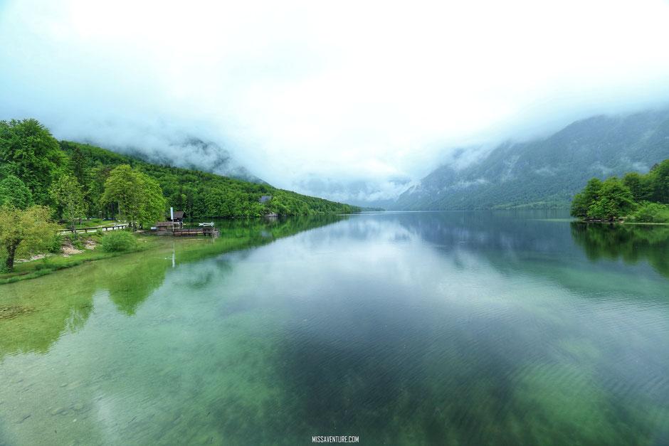 Le lac de Bohinj. Road trip en Slovenie. www.missaventure.com blog voyage d'aventure, nature et photos