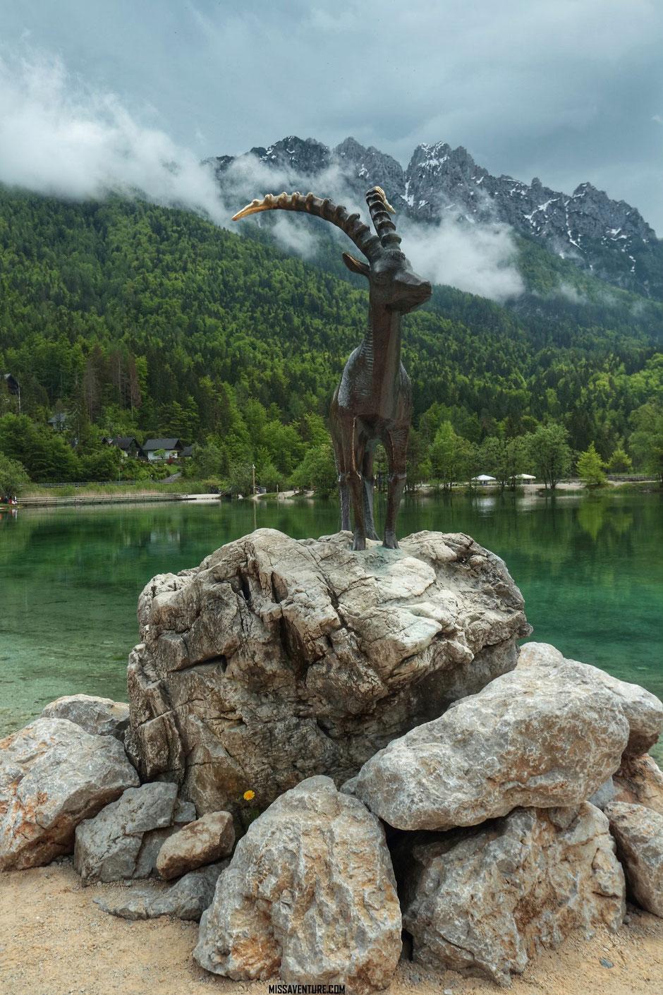 Lac de Jasna, ROAD TRIP EN SLOVENIE. www.missaventure.com blog voyage d'aventures nature et photos