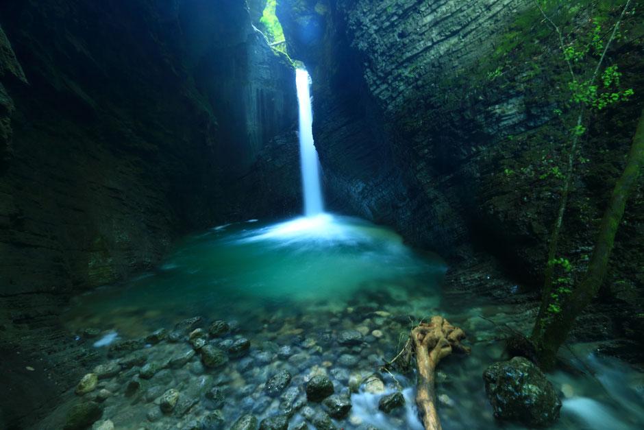 ROAD TRIP EN SLOVENIE. la cascade Kozjak. www.missaventure.com blog voyage d'aventures nature et photos.