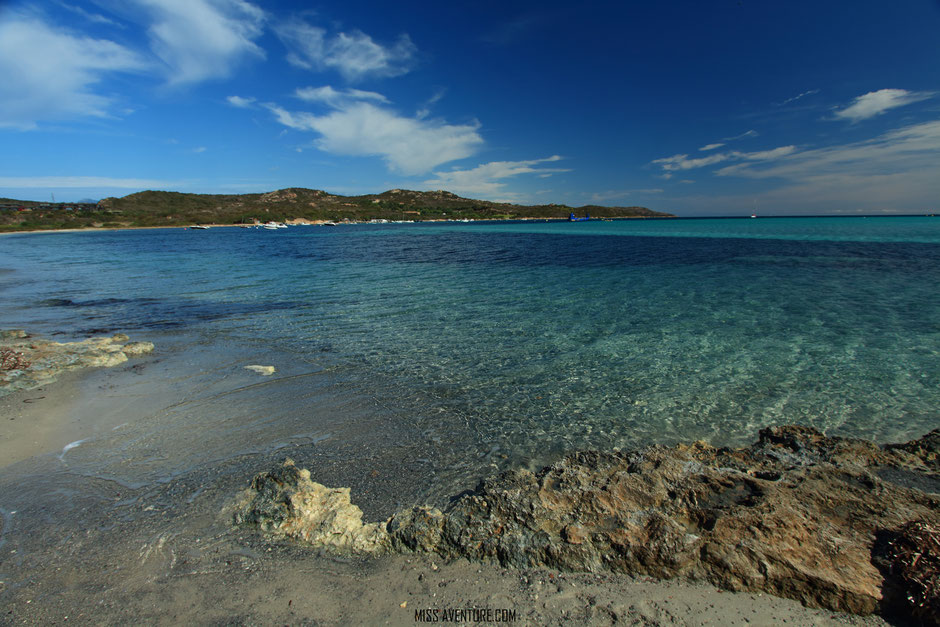 Bonifacio, plage de Piantarella, CORSE. www.missaventure.com blog voyage d'aventures nature et photos. Road trip corse du nord au sud