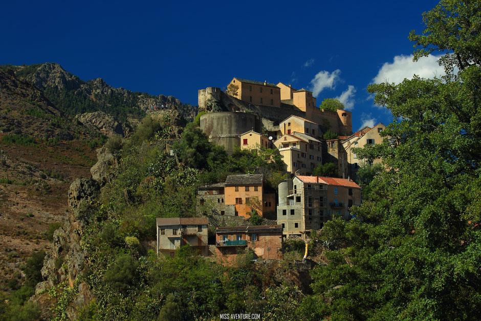 Corte, CORSE. www.missaventre.com blog voyage d'aventures nature et photos. Road Trip Corse du Nord au Sud.