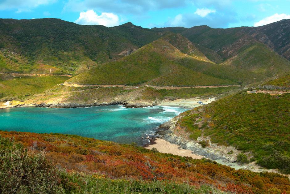 TOP 10 plus belles plages corses. ANSE ALISO. www.missaventure.com. blog voyage d'aventures nature et photos. Road Trip Corse du Nord au Sud.