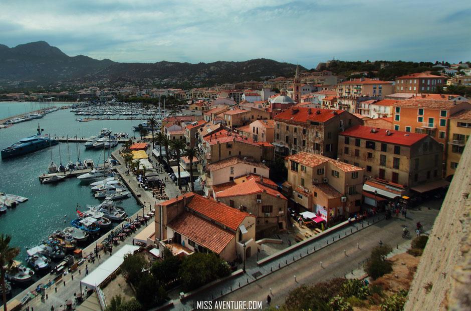 De St Florent a Porto, CORSE. CALVI, citadelle. www.missaventure.com. blog voyage aventure, nature et photos. Road Trip Corse du Nord au Sud.