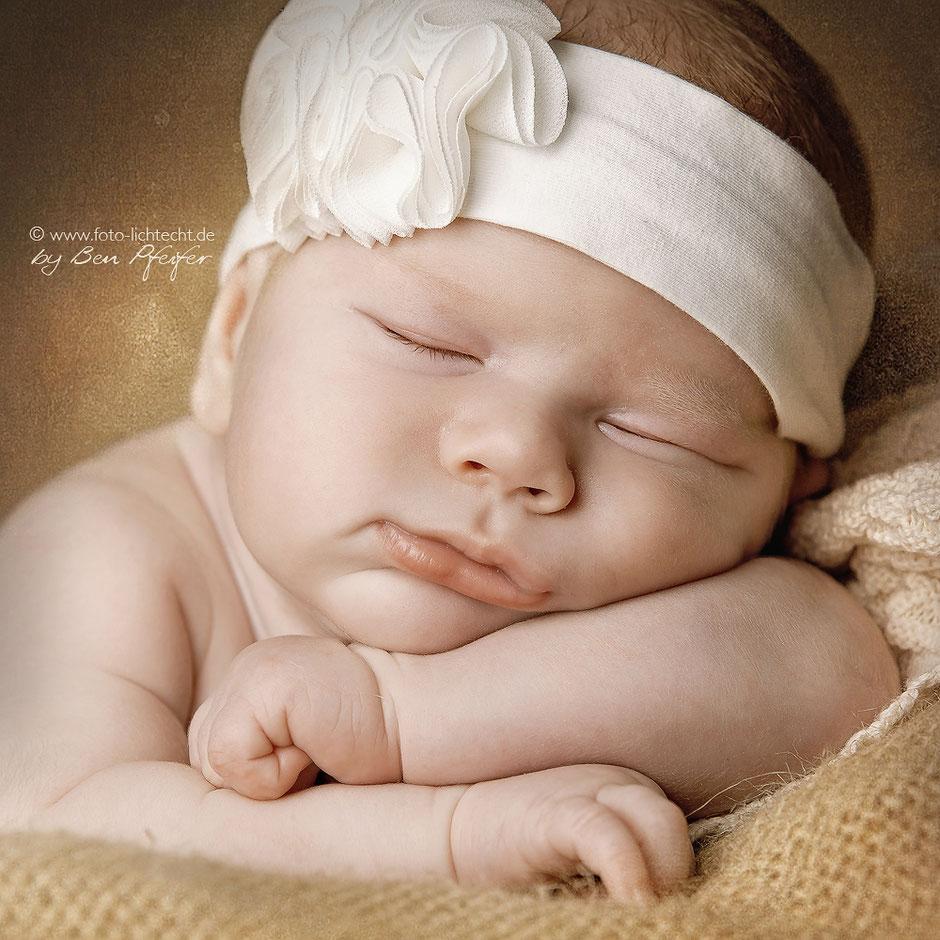 newbornfotografie chemnitz, neugeboreenenfotos, babyfotos, baby fotoshooting, newborn fotoshooting, newborn fotografie Chemnitz, babygalerie Chemnitz,