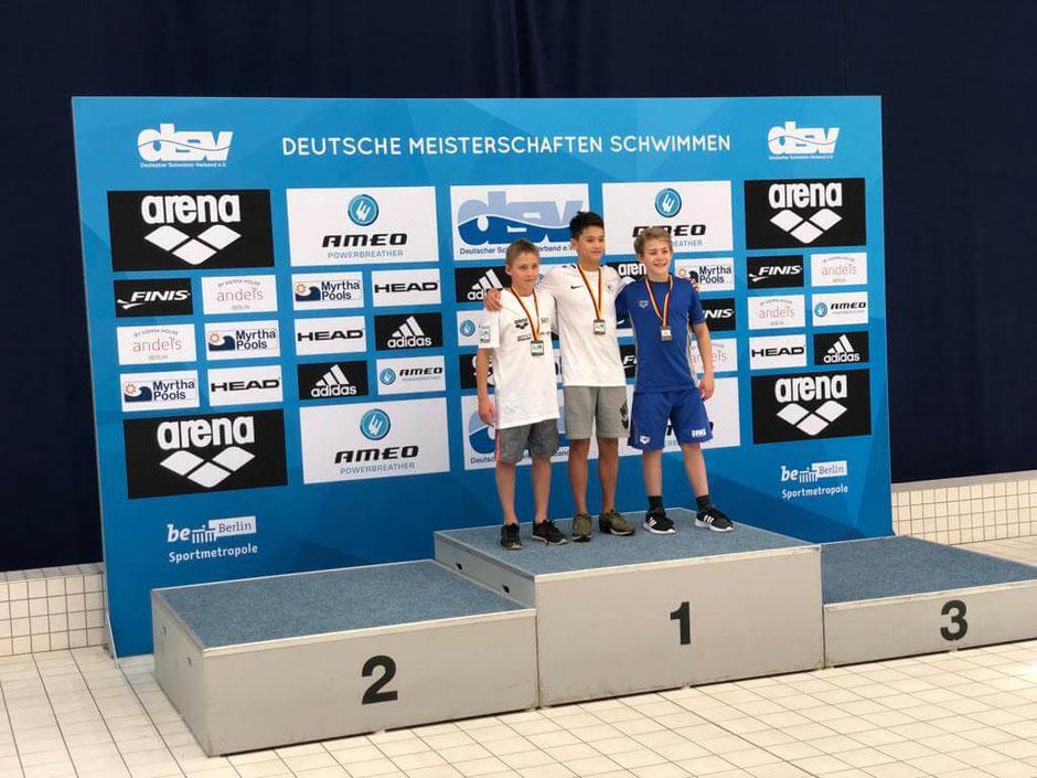 Bild Mitte: Alexander Eichler vom SC Wiesbaden / Foto: Oliver Großmann