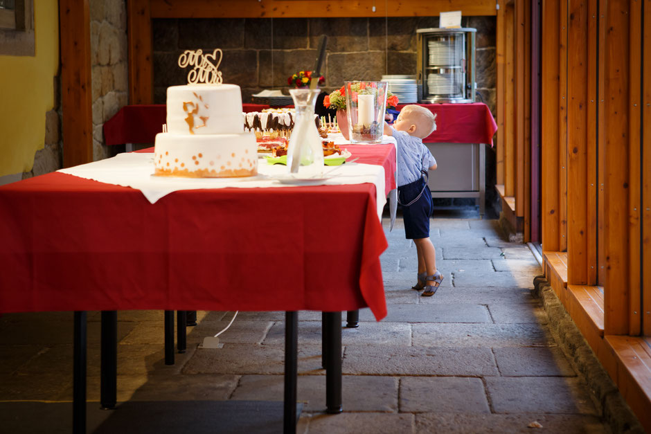 Hochzeit Jugendgästehaus Liebethal, Hochzeitsfotograf Dresden,Jugendgästehaus Liebethal, Heiraten im Jugendgästehaus Liebethal, Location Hochzeit, Fotograf Jugendgästehaus Liebethal, Hochzeitsfotos Jugendgästehaus Liebethal