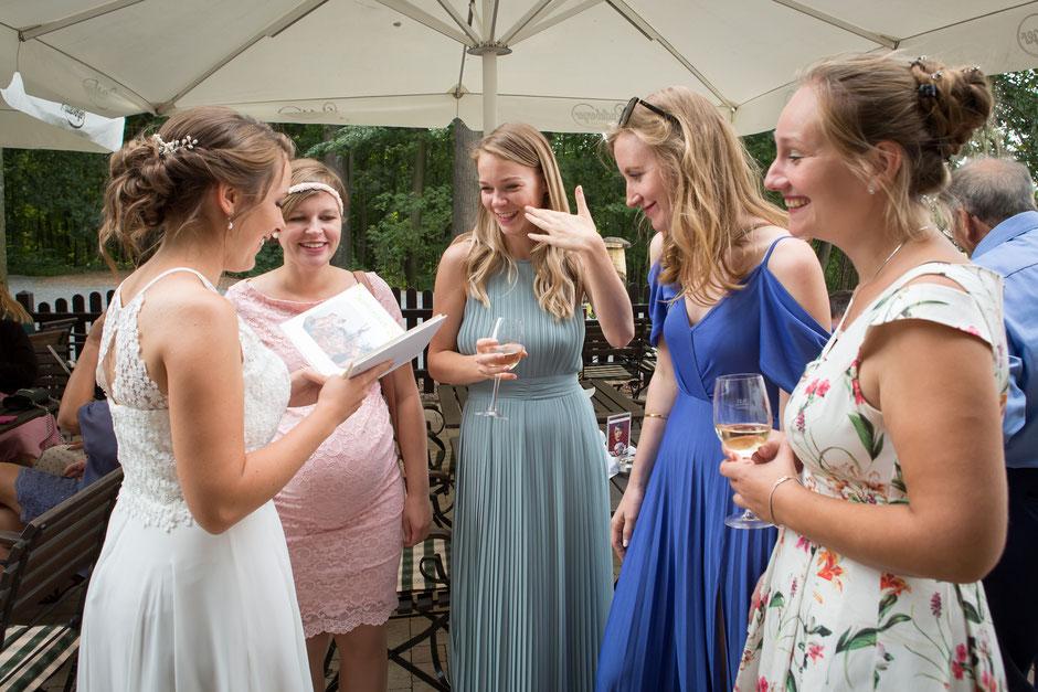 Hochzeitsfotograf Neustadt Sachsen, Hochzeit Neustadt Sachsen Götzinger Höhe, Hochzeit Neustadt Sachsen, Hochzeitslocation Götzinger Höhe, Vintage Hochzeit Dresden, Heiraten in Neustadt Sachsen