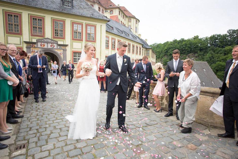 Hochzeitsfotos Schloss Weesenstein, Hochzeit Schloss Weesenstein,  Fotograf Dresden Hochzeit, Was kostet ein Hochzeitsfotograf Dresden, Hochzeitsfotos Dresden, Hochzeitsreportage Dresden