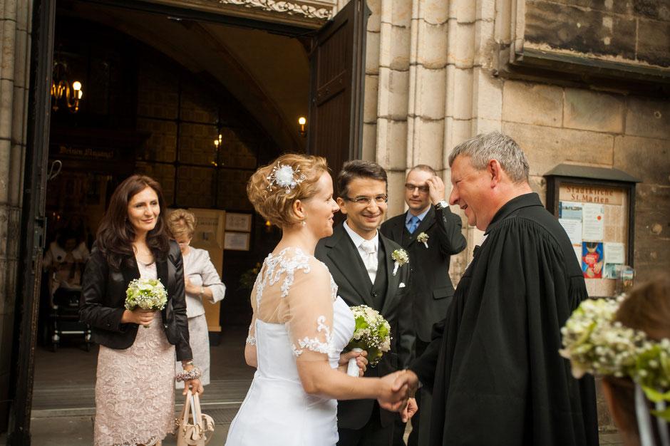 Hochzeitsfotograf Pirna, Hochzeit in Pirna, heiraten in Pirna, kirchliche Hochzeit Pirna, Hochzeitsfotografin in Pirna, Hochzeitsfotograf in Pirna, Fotograf in Pirna