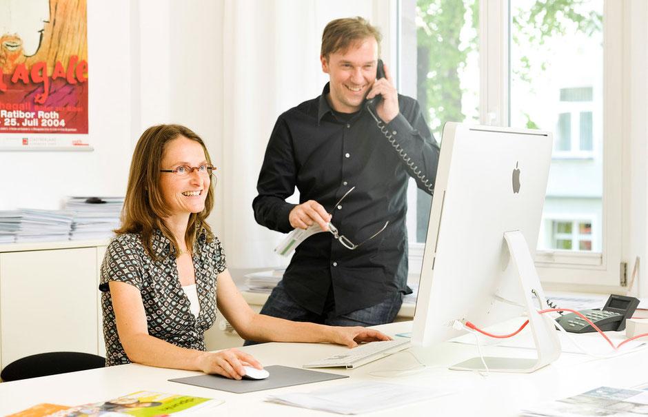 Michaela Voß (Realisierung, Sekretariat) und Achim Weinberg (Konzept, Design, Fotografie)