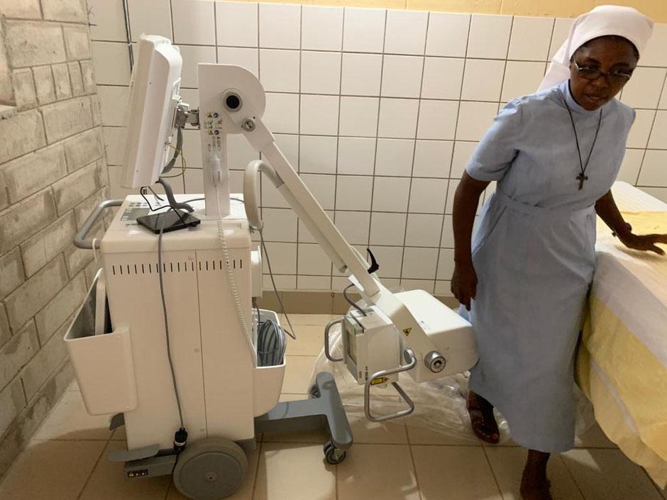 Das neue Röntgengerät und der Röntgenraum sind nun von der Atomkommission abgenommen