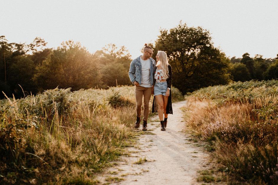 Paarshooting, Paarfotografie, Wedding, Hochzeitsfotgraf, Vintagewedding, Köln, Wahner Heide, Coupleshooting, Pärchen, natürliche Fotografie