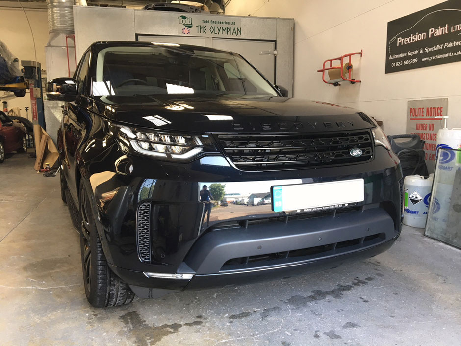 2017 Land Rover Discovery Customisation | Precision Paint | Wellington Somerset