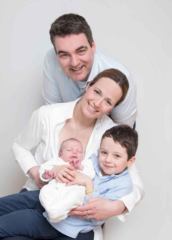 Schwangerschaftsbilder, Babybauchbilder zu Hause genießen