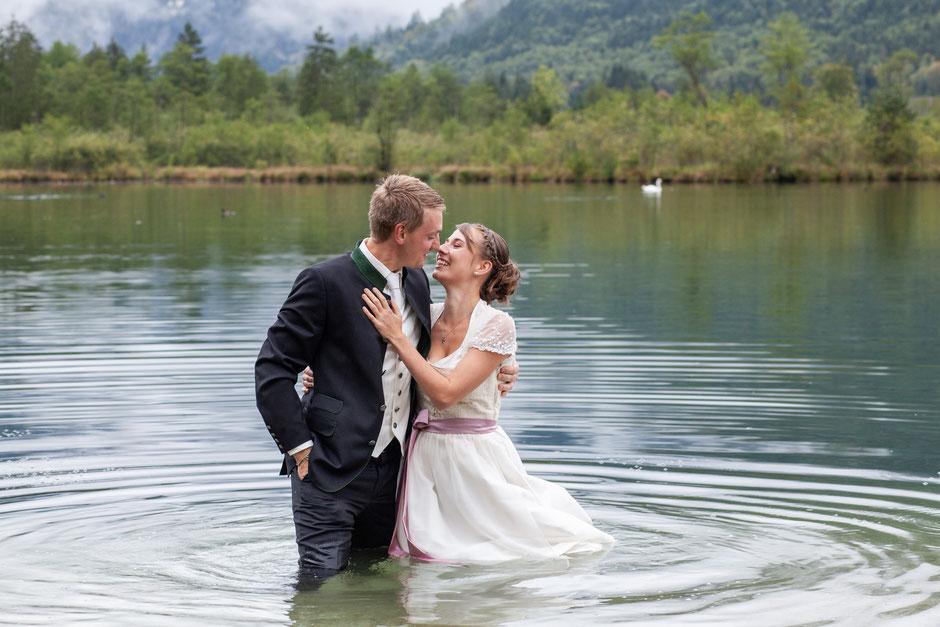 Hochzeitsfotografin Oberösterreich, Almsee, Destination Wedding, Trachtenhochzeit, Afterwedding-Shooting