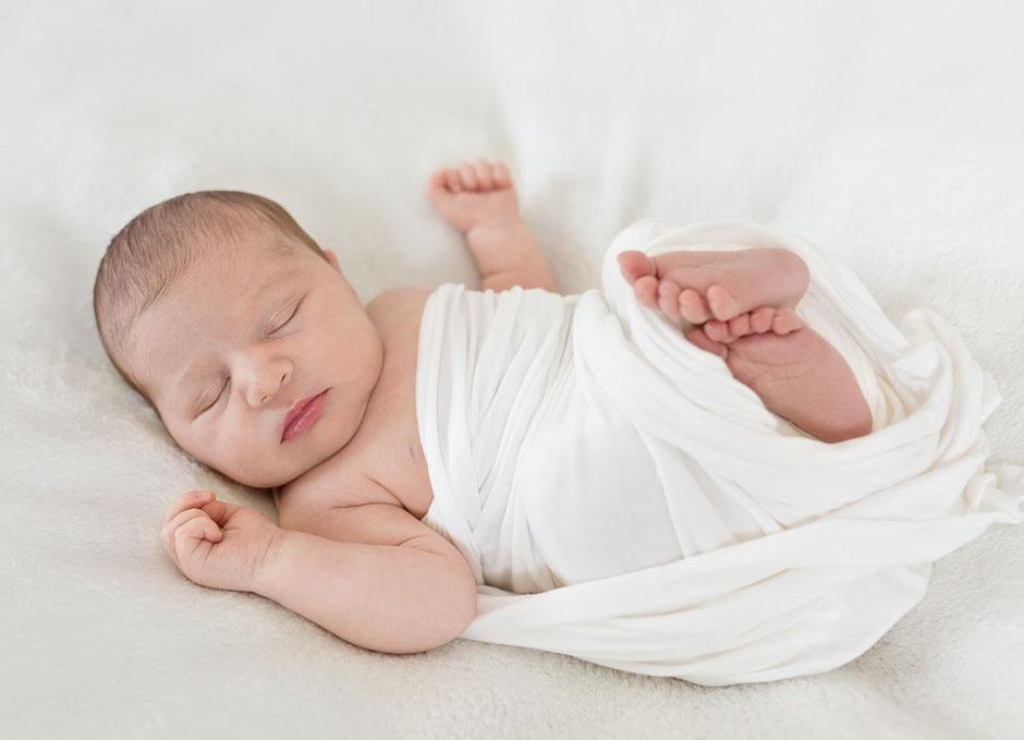 Neugeborenenfotograf Vöcklabuck, Familienfotograf Vöcklabruck, Newbornfotograf Oberösterreich