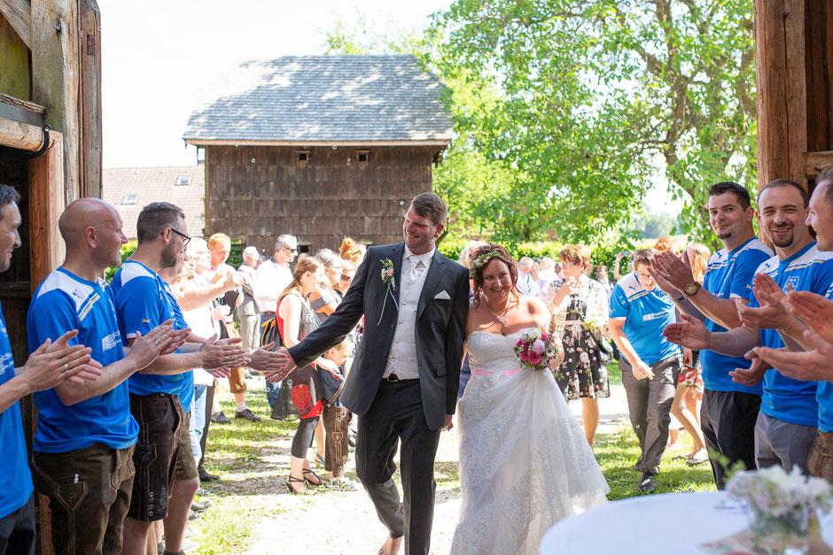 Freie Trauung, Stehrerhof, Hochzeitsfotograf Oberösterreich, Hochzeitsfotograf Gmunden, Hochzeitsfotograf Hausruck, Hochzeitsfotograf Vöcklabruck
