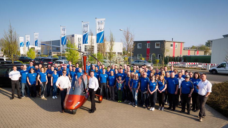 Das AutoGyro-Team mit dem neuen MTOsport.