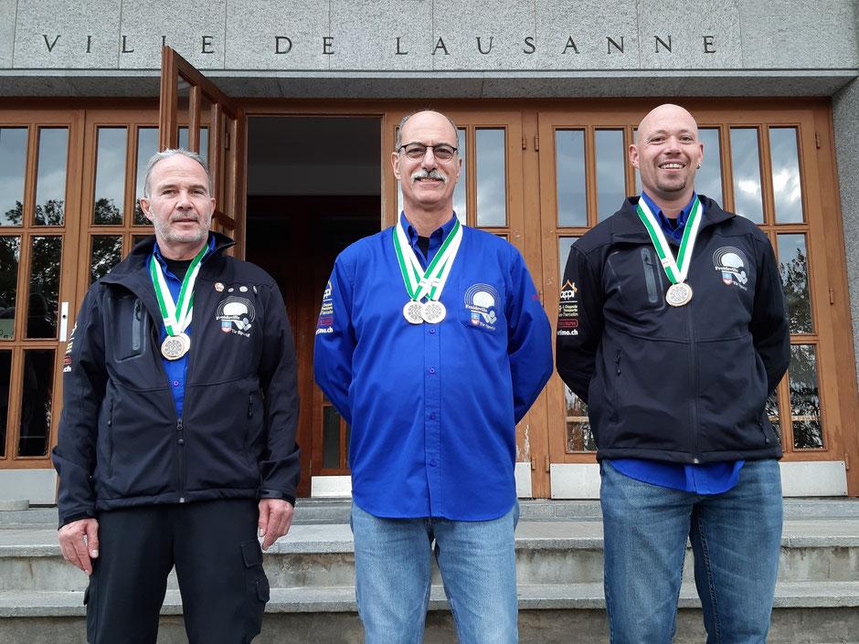 Gilbert Chabloz, Vice-Champion Vaudois en D (Fass57/03) et 3ème en E (Fass90) / Renato Martinet, Champion Vaudois en FS (Fusil standard) et Champion Vaudois en AL (arme libre) / Laurent Cherpillod, 3ème en FS (Fusil standard)