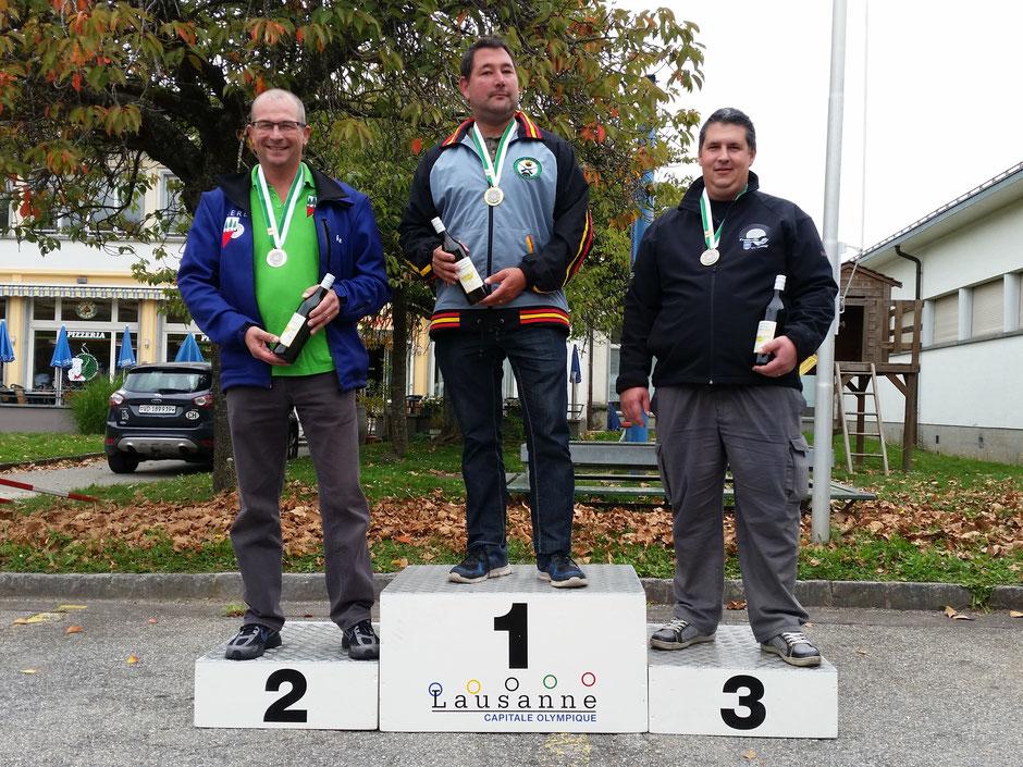 Podium catégorie E Elite : 1er SEREX Michale (TS Palézieux), 2ème MIGNOT Pierre (STAR Bière), 3ème CORNUT Joris (Froideville Tir Sportif)
