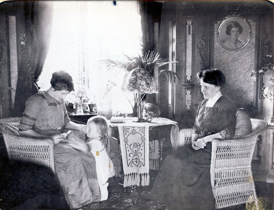 """1913 Else und Frau Köhler """"im Erkerzimmer"""""""