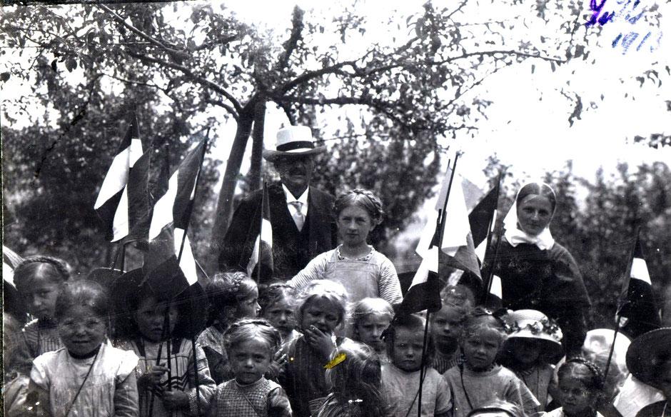 Besuch des Kindergarten in der Sommervilla